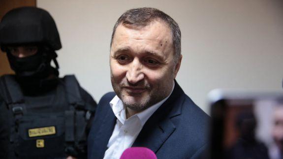 Vlad Filat a fost eliberat. Ce ne-a spus ex-premierul la telefon
