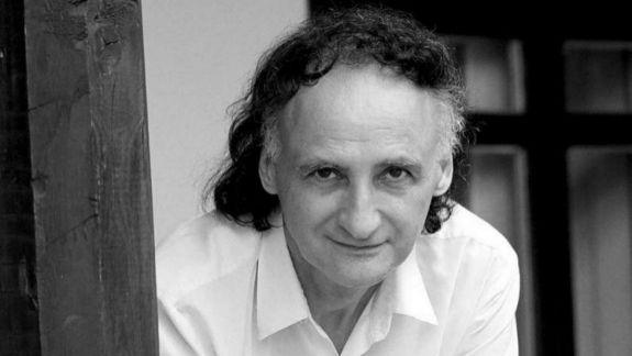 """""""Atâtea vorbe și minciuni, atâtea seci promisiuni!"""" - Grigore Vieru, mereu actual prin versurile sale"""