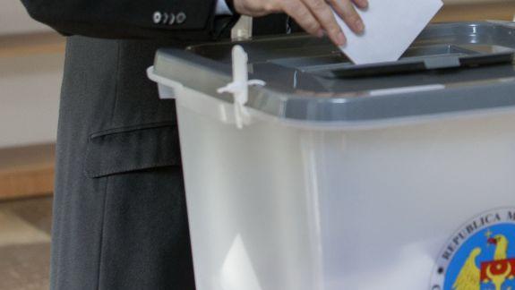 În ziua alegerilor, la 67 de secții de votare din Chișinău vor fi desfășurate sondaje de tip exit-poll