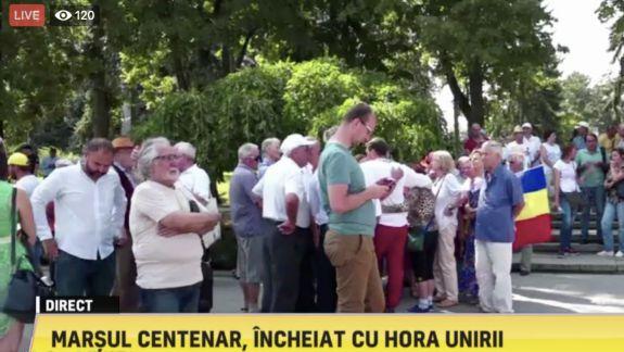 LIVE. Unioniștii s-au adunat din nou în PMAN: Vor încheia Marșul Centenar cu Hora Unirii