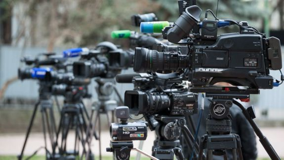 Modificarea Codului Audiovizualului: Emisiunile informativ-analitice să fie DOAR autohtone