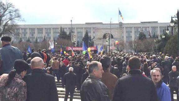 Prețurile și sărăcia. Care sunt grijile care îi frământă pe moldoveni?