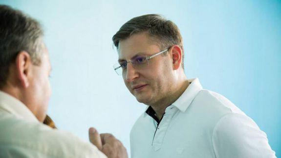 Șeful Starnet, Alexandru Machedon, se oferă să preia conducerea SIS