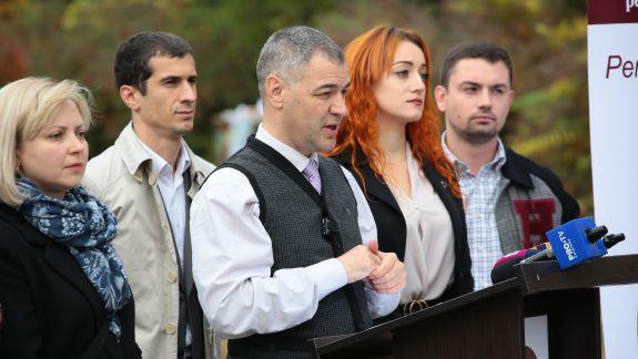 """Țîcu, despre inițiativa legislativă la adresa președintelui: """"Am înțeles că asupra PAS și DA s-au făcut presiuni ca deputații să nu semneze"""""""