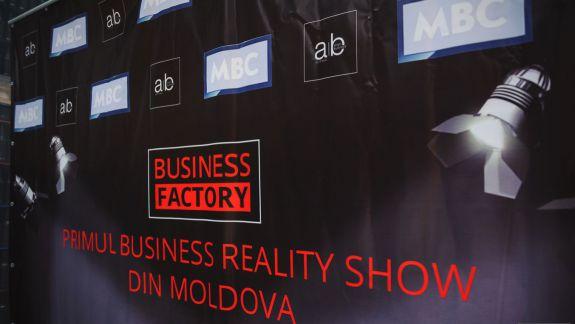 """Valeriu Pleșca a primit dreptul de a înregistra brandul """"Business Factory"""", în ciuda opoziției Angry Business"""