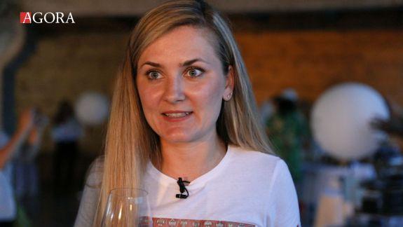 VIDEO. Care sunt cele mai potrivite vinuri pentru desert: Recomandare de la profa de vin